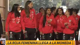 [VIDEO] La Roja fue recibida por el Presidente Sebastián Piñera en La Moneda