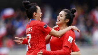 [VIDEO] El difícil camino del fútbol femenino que llevó a Chile al Mundial