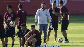 [VIDEO] Volvieron las sonrisas: Así fue el primer día de Héctor Tapia en Colo Colo