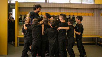 [VIDEO] Marcelo imita truco con los compañeros de su hijo en el Real Madrid