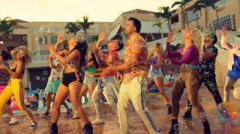 ¿La nueva Despacito? Luis Fonsi comanda la fiesta en su nueva canción Calypso