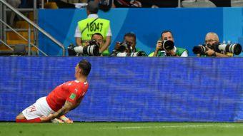 [VIDEO] El cabezazo de Zuber que le dio el empate a Suiza ante Brasil