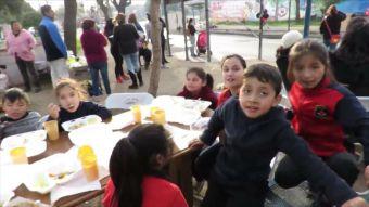 [VIDEO] Colegio cierra de un día para otro: 76 niños quedaron a la deriva