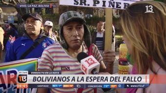 [VIDEO] Funcionario público de Bolivia se vistió de El Chavo para esperar el fallo