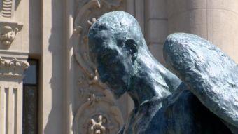 [VIDEO] Rayan escultura recién restaurada en el frontis del Museo de Bellas Artes