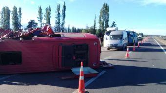 Grupo Daniel Muñoz y los Marujos sufrió grave accidente vehicular en bypass Rancagua