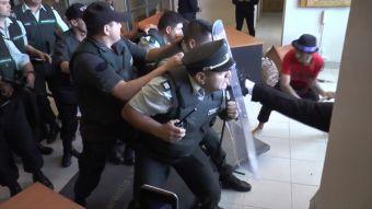 [VIDEO] Los graves incidentes tras la condena a Facundo Jones Huala