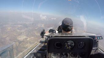 [VIDEO] La aventura de volar en planeador