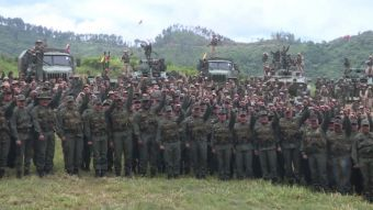[VIDEO] Fuerzas Armadas se alinean con Maduro