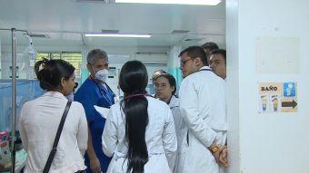 [VIDEO] T13 en Colombia: Venezolanos repletan hospitales en Cúcuta