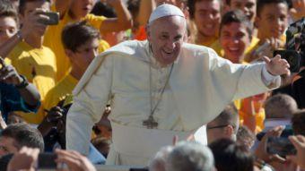[VIDEO] Papa Francisco celebra su cumpleaños en público y con un tango multitudinario