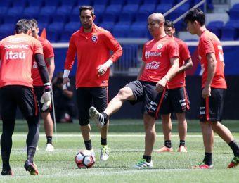 [FOTOS] La Roja realiza su primera práctica en Nueva Jersey de cara a la final con Argentina