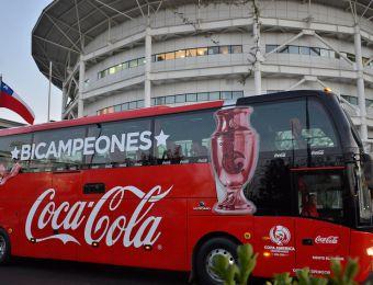 [FOTOS] Imágenes de la llegada de La Roja a Chile tras bicampeonato de América