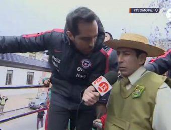 [VIDEO] Claudio Bravo entrevista a Chupallita en el bus de La Roja