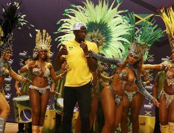 [VIDEO] Usain Bolt sorprende bailando samba en conferencia de prensa
