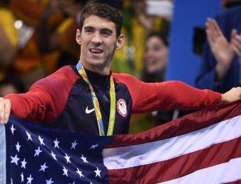 [FOTOS] La emotiva despedida de Michael Phelps tras hacer historia en Río 2016