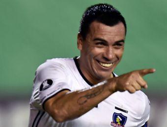 [VIDEO] Esteban Paredes agiganta su leyenda en Colo Colo