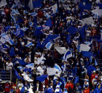 Hinchas de la UC podrán viajar en chárter a Temuco para el histórico partido