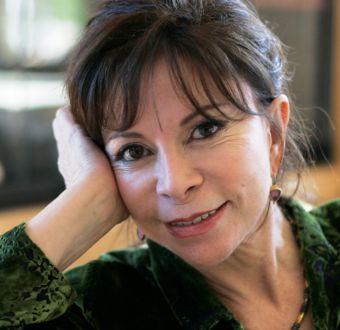 """Isabel Allende: """"Si tienes buen trasero en Chile, te pones una túnica para que nadie lo vea"""""""