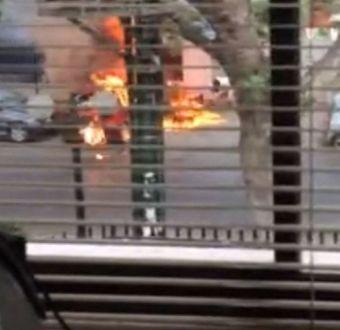 [VIDEO] Este es el momento exacto del ataque incendiario al cuartel de la PDI