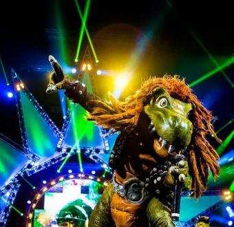 Kidzapalooza: De dinosaurios amantes del heavy metal a payasos decadentes
