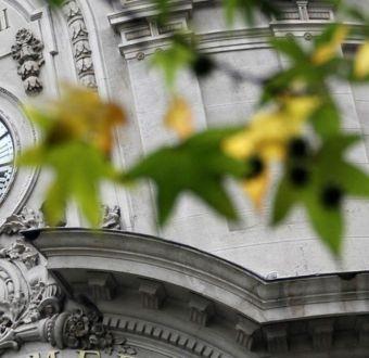 Gobierno suspende cambio de hora y horario de verano regirá todo el año