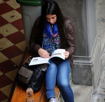 Becas estudiantiles: revisa si tienes pagos sin cobrar en 2015