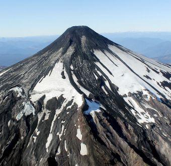 MINUTO A MINUTO: Onemi mantiene en alerta roja radio de 10 kilómetros del volcán