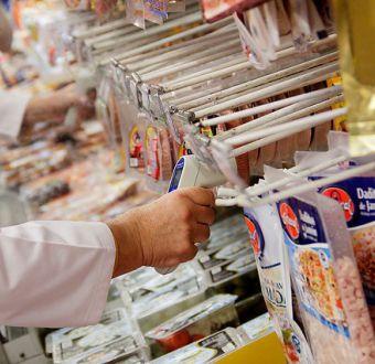 Vitacura: clausuran supermercado Tottus por presencia de ratones