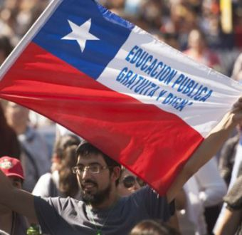 ¿Por qué ha sido tan difícil instaurar la educación universitaria gratuita en Chile?