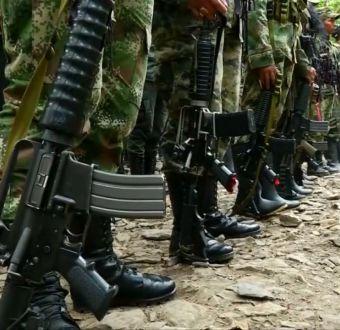 Histórico encuentro entre miembros de FARC y exparamilitares en Colombia