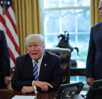 Por qué es tan crucial el fracaso de Donald Trump en su intento de abolir el Obamacare