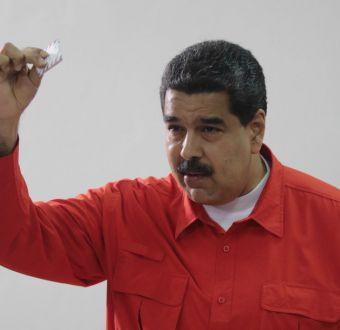 Nicolás Maduro abre las urnas en las elecciones para la Asamblea Constituyente