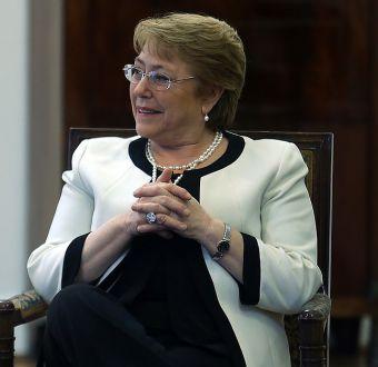 Bachelet contesta a Piñera: Hay que desmentir errónea creencia de que la delincuencia está desatada