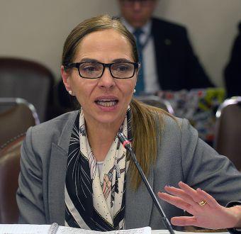 Aborto: Ministra Plá asegura que en 15 días estaría nuevo reglamento sobre objeción de conciencia