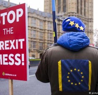 May pide a sus diputados que reconsideren su rechazo al acuerdo del brexit