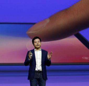 CEO de Xiaomi, Lei Jun, presentando el Mi 9.
