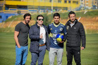 """[FOTOS] Patricio Rubio presentado en Everton: """"Llegué a un equipo que busca ser protagonista"""""""