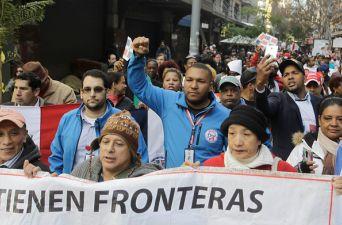 [FOTOS] Inmigrantes marcharon por Santiago