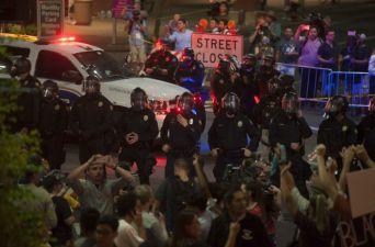 [FOTOS] Protestas contra Donald Trump en Phoenix