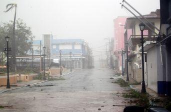 [FOTOS] Puerto Rico es golpeado por su mayor huracán en un siglo