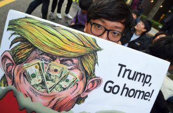 [FOTOS] Las fracturas que deja la primera gira del Presidente Trump a Asia