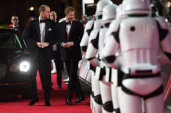 [FOTOS] Los últimos Jedi estrena en Londres con los príncipes Guillermo y Enrique como invitados