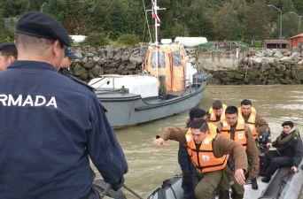 [FOTOS] La Armada, Bomberos y Carabineros se movilizan para ayudar en Chaitén