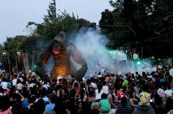 [FOTOS] Beringei: El espectáculo que se tomó las calles de Rancagua