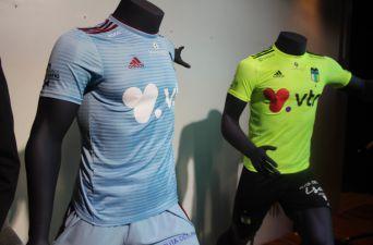 [FOTOS] O'Higgins presenta su renovada camiseta para la temporada 2018