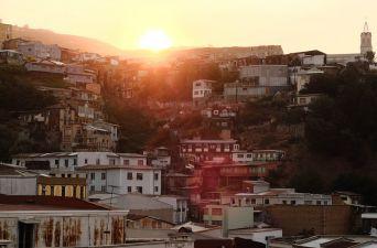 [FOTOS] El maravilloso color de los cerros de Valparaíso