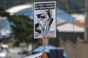 [FOTOS] Las imágenes que dejó el último día en libertad de Lula da Silva