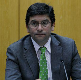 Ministro Badenier: Chile no puede renunciar a la energía hidroeléctrica