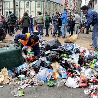 Recolectores de basura no paran este martes: Posponen movilización por 24 horas